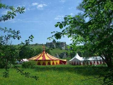 circus-tent-248193_960_720
