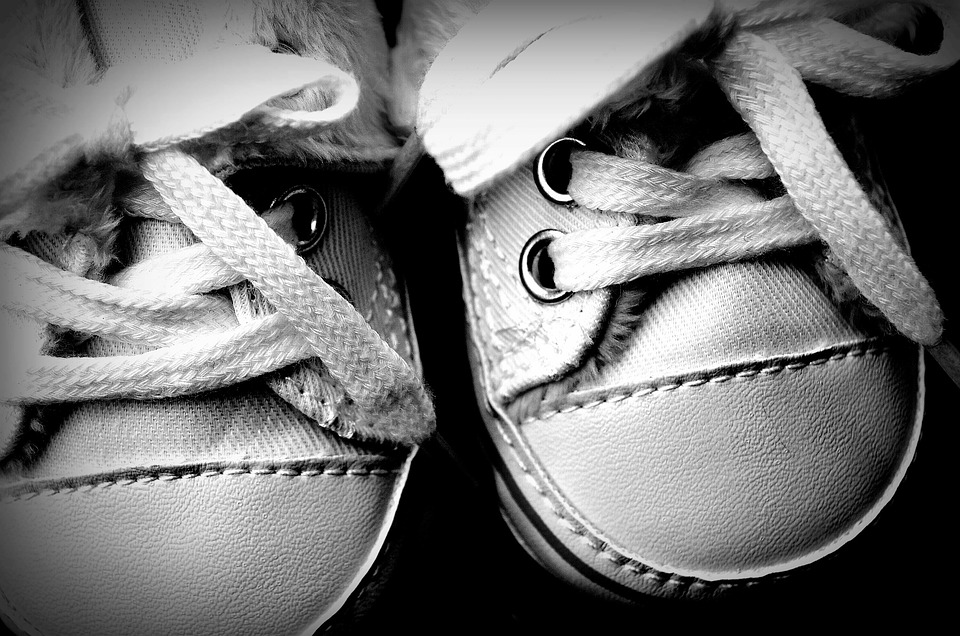 baby-shoes-1814348_960_720